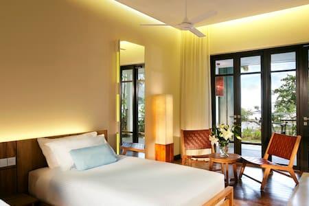 Premier Sea View @Turi Beach Resort - Bed & Breakfast