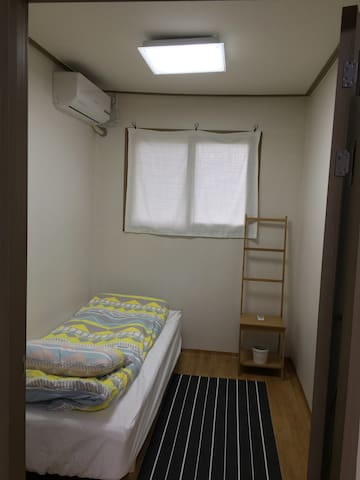 공용화장실1인실 - Pyoseon-myeon, Seogwipo-si - Appartement