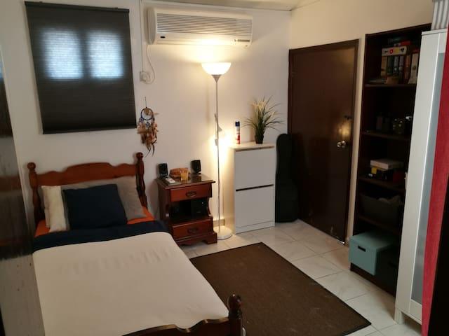 Single Private Room in Villa with Attractive Price - Dubai - Casa