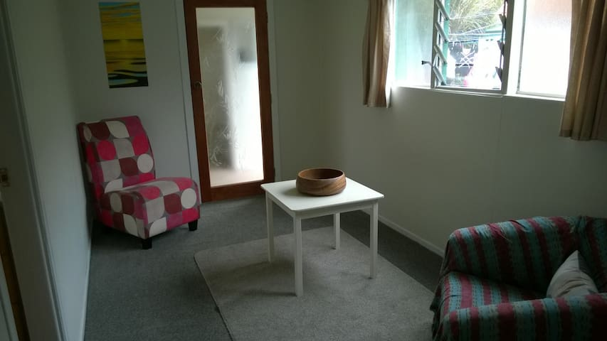 Private Unit with Bathroom. - Auckland - Apartment