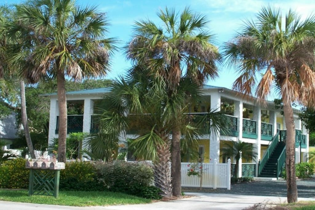 Two bedroom vacation apartment flats for rent in melbourne beach florida united states Rent 2 bedroom apartment melbourne