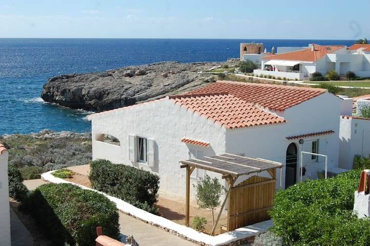 Unobscured sea view villa for 5.Binibeca, Menorca. - Binibeca - House