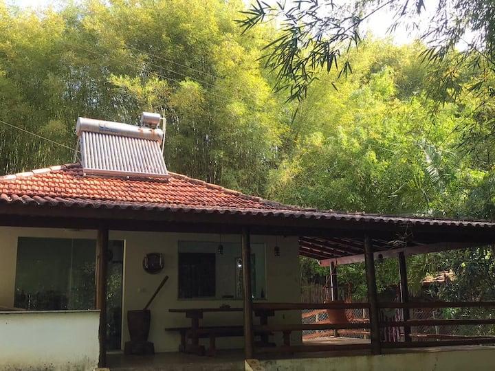 Casa de Campo com Suíte e Hidromassagem