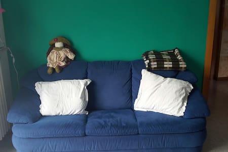 affitto camera appartamento to expo - Leilighet