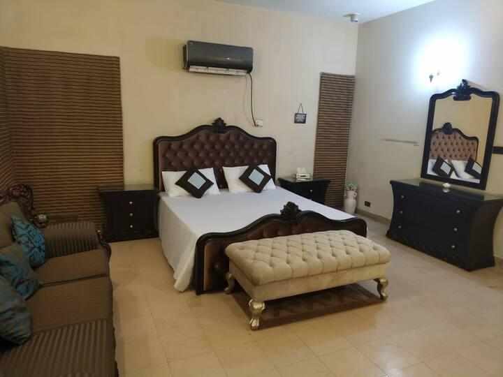 Unique Lounge DHA