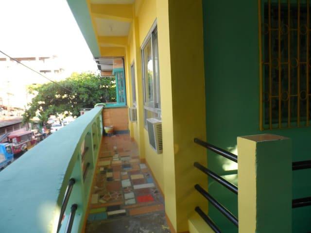Favila Transient Near Airport3 - Villamor Barangay 183 - House
