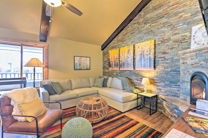 NEW! Newly Built Condo < 2 Mi to Angel Fire Resort