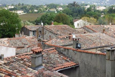 LAROQUE, 34190 Hérault  - Laroque