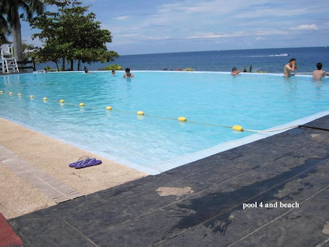 new Lux. 2BR condo-Beach+4 pools- woow-seaview