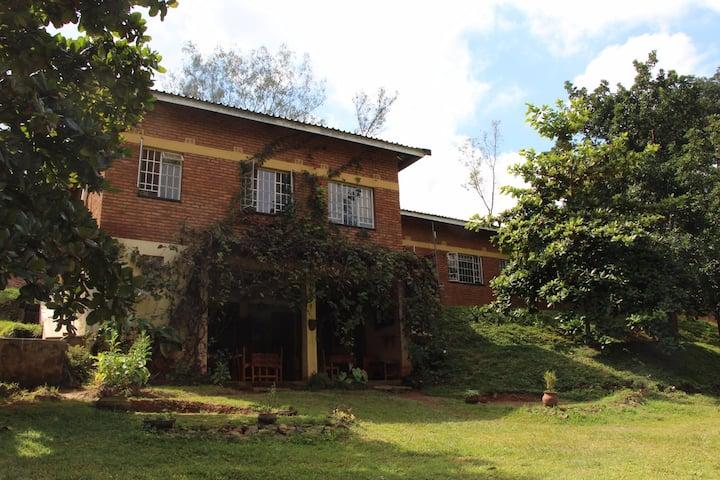 Villa at foot of Zomba Mountain near town centre