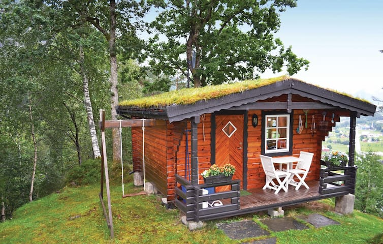 Holiday cottage with 1 room on 20m² in Norheimsund