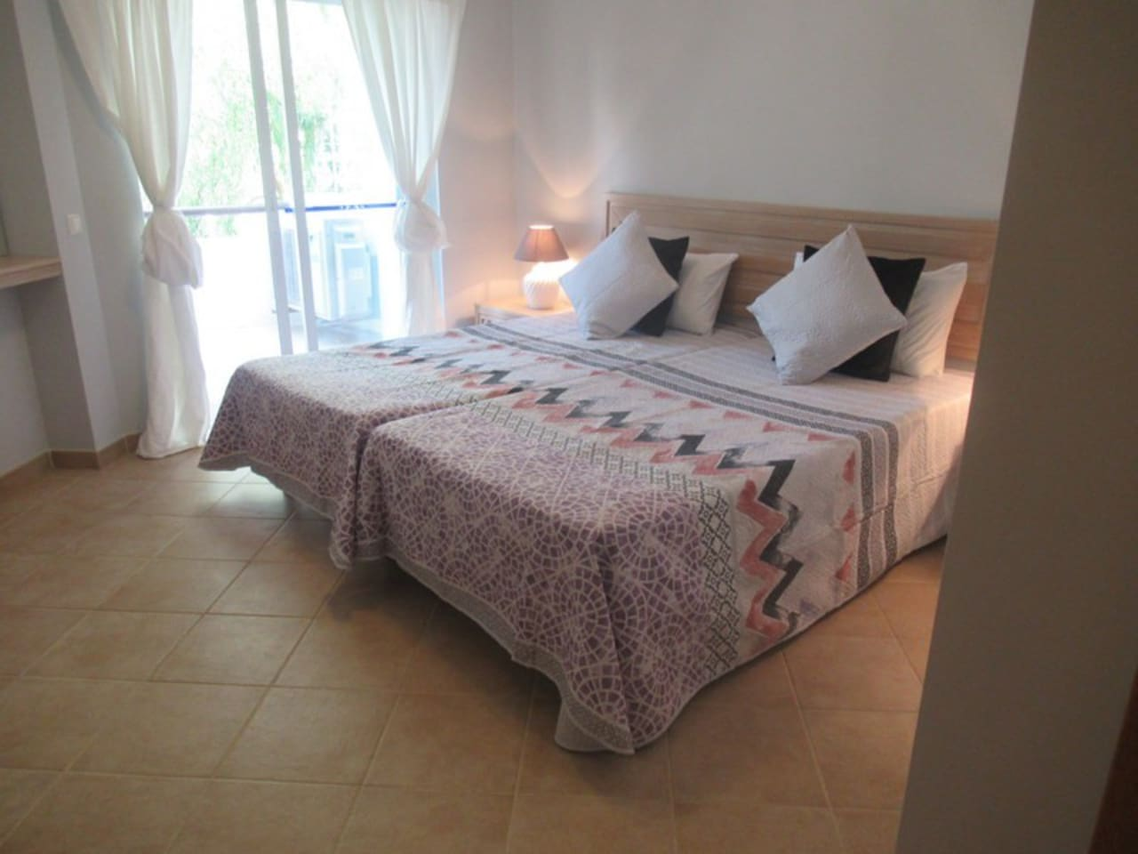 Ensuite double/Twin bedroom with balcony