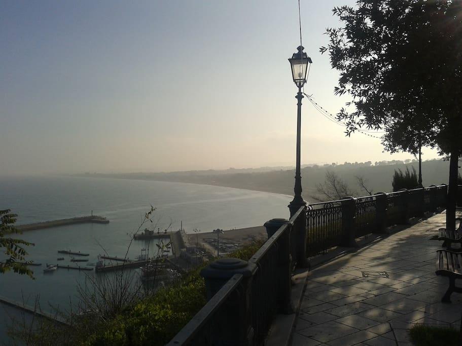 Porticciolo turistico di Numana e litorale