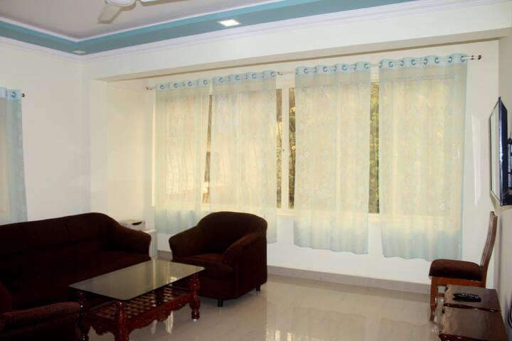 Cosy 1BHK Holiday Home Next to Hilton Goa Resort