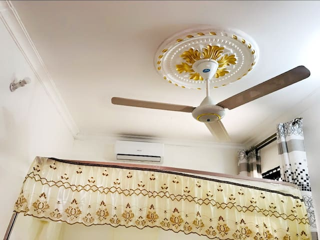 There is a AC and a Fan for nice and fresh air