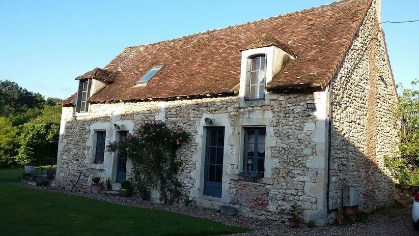 Maison a la campagne - Le Blanc - Hus