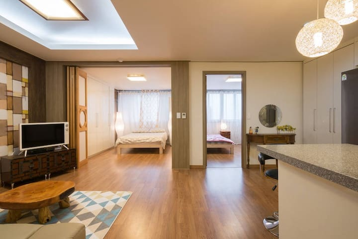 2 br spacious apt close to Myeongdong - Jung-gu - Daire