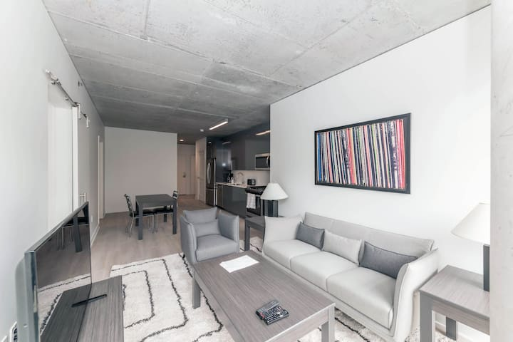 Suite Home: Loft like living- Industrial Chic!