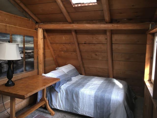 bedroom 2 has 2 double beds