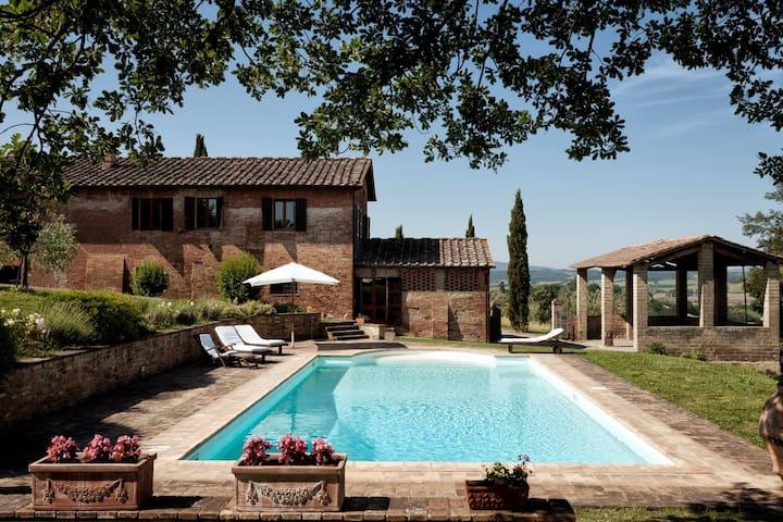 La Villa – Buonconvento - Serravalle