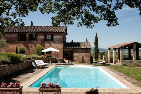 La Villa – Buonconvento - Serravalle - Willa