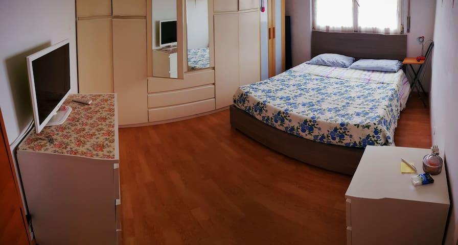 camera con letto matrimoniale per 1 o 2 persone