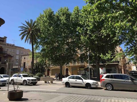 Cristina  Figueras Apartment Dali  Museum