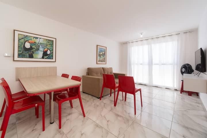 Condo(104) 2 bedrooms, 2 wc. 800ft away beach+Wifi