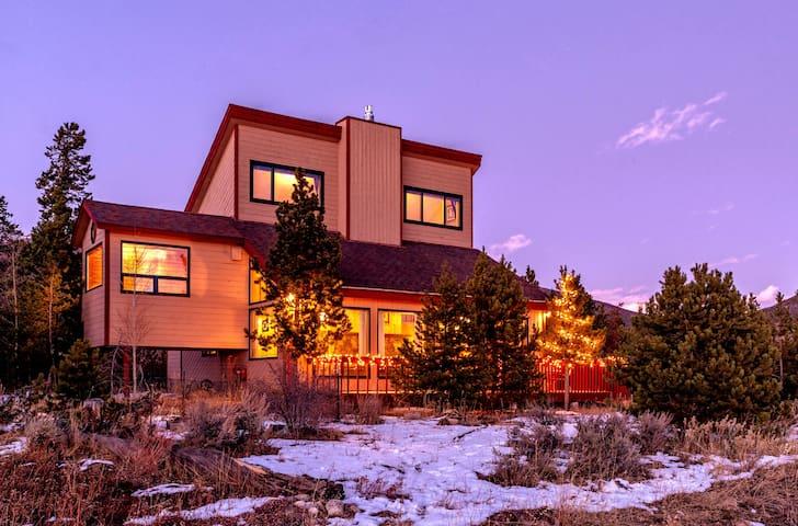 Das Ski Haus- A Mountain Retreat