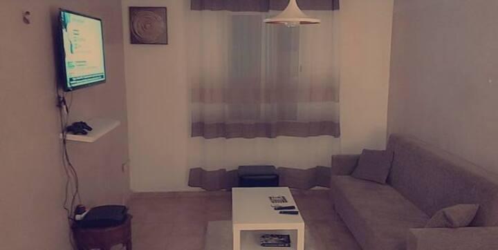 Belle chambre dans un appart bien décoré et calme