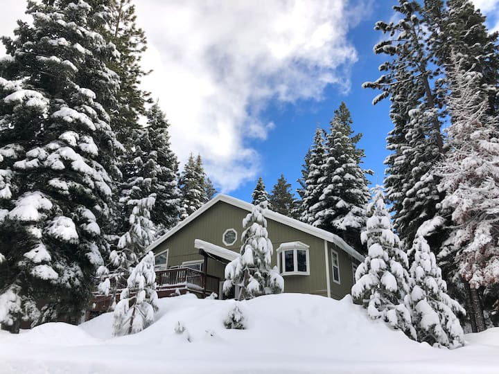 Tahoe Retreat near Northstar-Last Days of Skiing