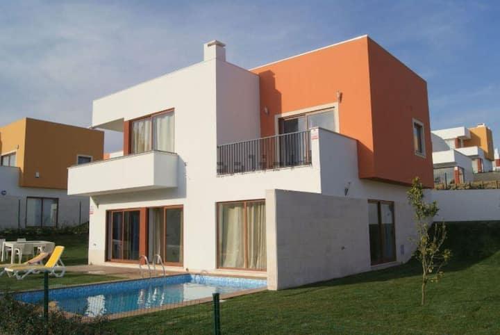 Villa Monica à 500m de la lagune d'Obidos