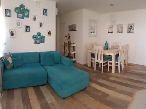 Cozy Furnished Apartment Min Downtown - WIFI