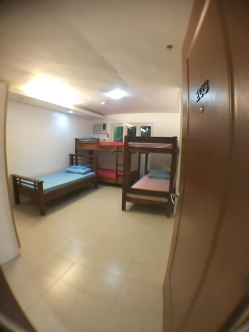 P4,250.00 (P850.00/head) 2 double decks and 1 single bed good for 5 pax