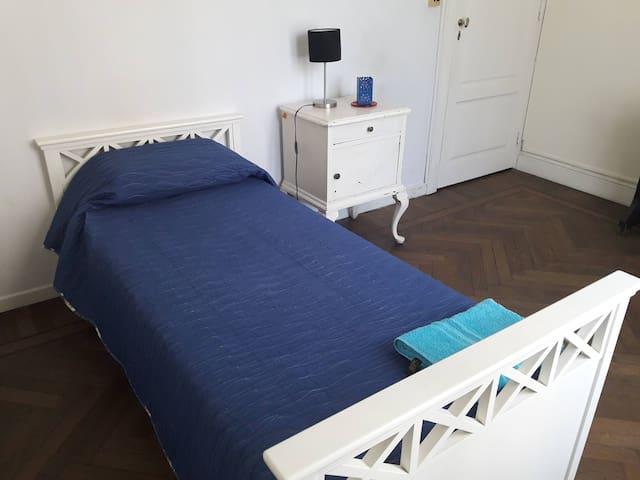 Habitación individual-Palermo Hollywood