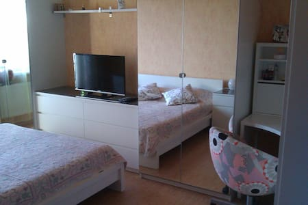 Современная комната  - Sankt-Peterburg