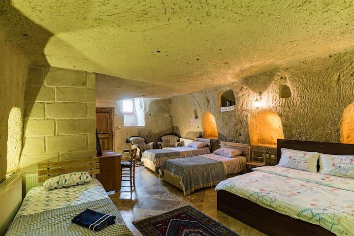 Atilla's Cave House CAPPADOCIA  Family Room 6