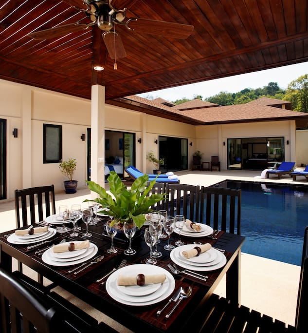 4 bedroom villa, with private swimming pool and outside dining sala