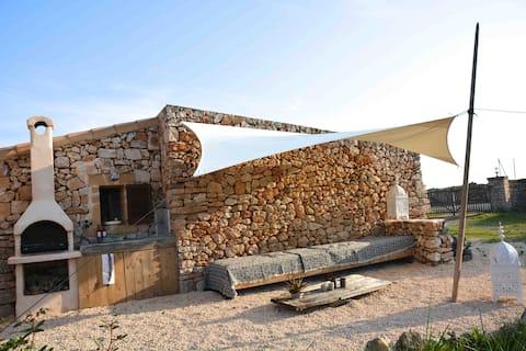 Deilig strandhus med utsikt over havet