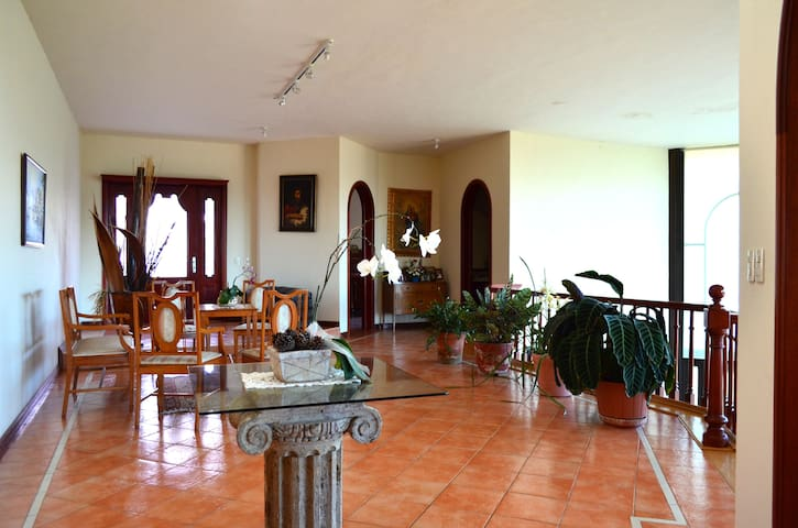 Orquideana  gorgeous guest house