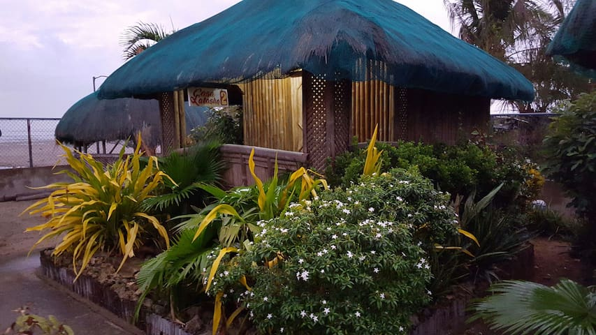 Nipa hut with aircon - Alaminos City Pangasinan - 小屋