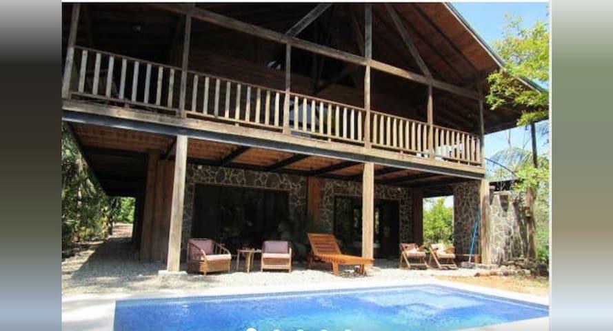 El Santuario Jungle Studio Apartment, Dominical