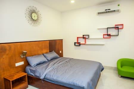 STUDIO CITY VIEW DISTRICT 2 - Ho-Chi-Minh-Stadt