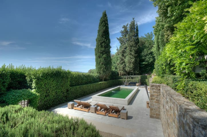 Luxurious villa with pool 10 minutes from Florence - Florencia - Villa