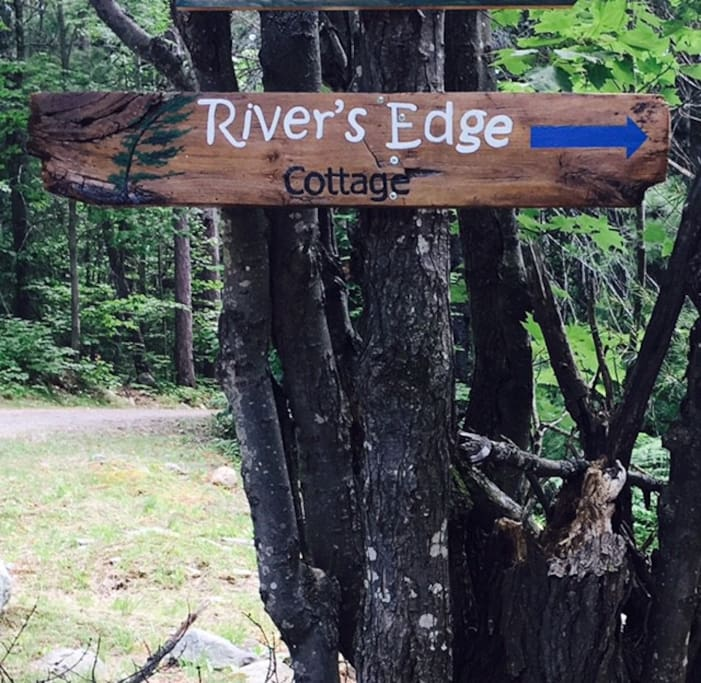 River's Edge Cottage Sign