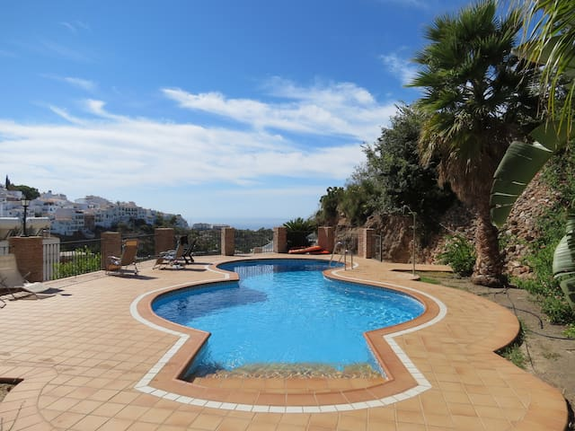 PENTHOUSE EL MIRADOR - Frigiliana - Appartement