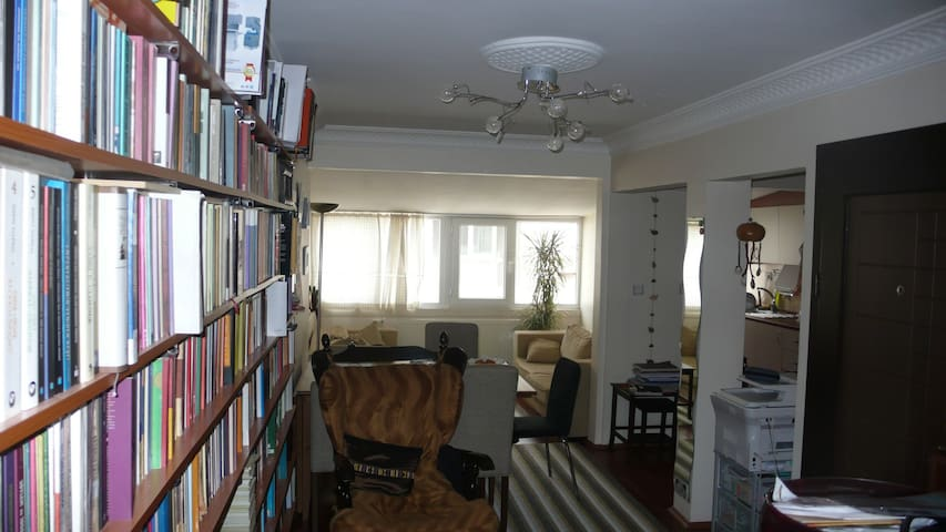 Flat for 5 pers, 2km to Taksim Sqr - Istanbul - Byt