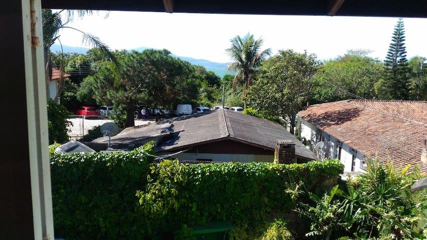 Pousada Casa de Praia - Florianópolis - Bed & Breakfast