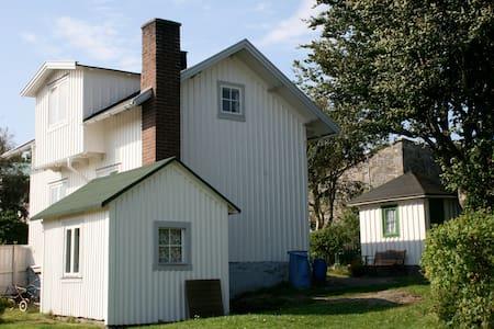 Charmigt hus på Marstrand - Marstrand - Huis