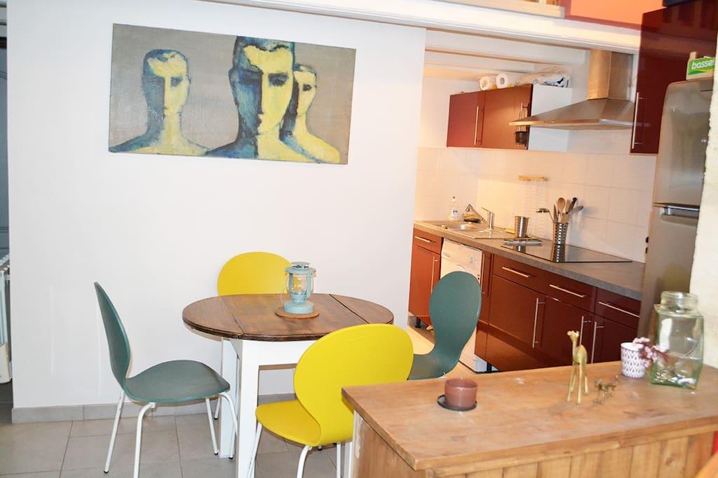 T2 40m2 terrasse proche centre appartements louer for Location appartement proche bordeaux